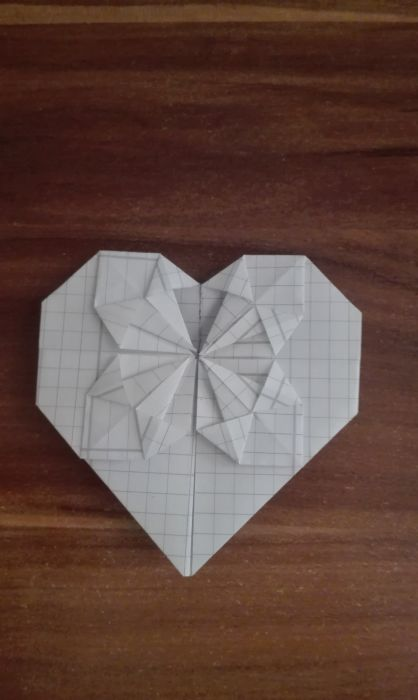 Origami ♥ Dollar Bill Heart + Quarter - YouTube   700x418